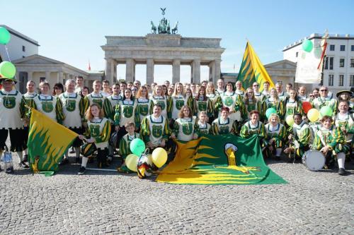 25 Jahre Deutsche Einheit Spielmannszug Schaidt am Brandenburger Tor (2)